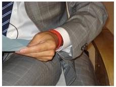 2007-08-24-MattLauerswrist.JPG