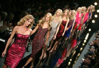 2007-09-07-FashionWeek.jpg