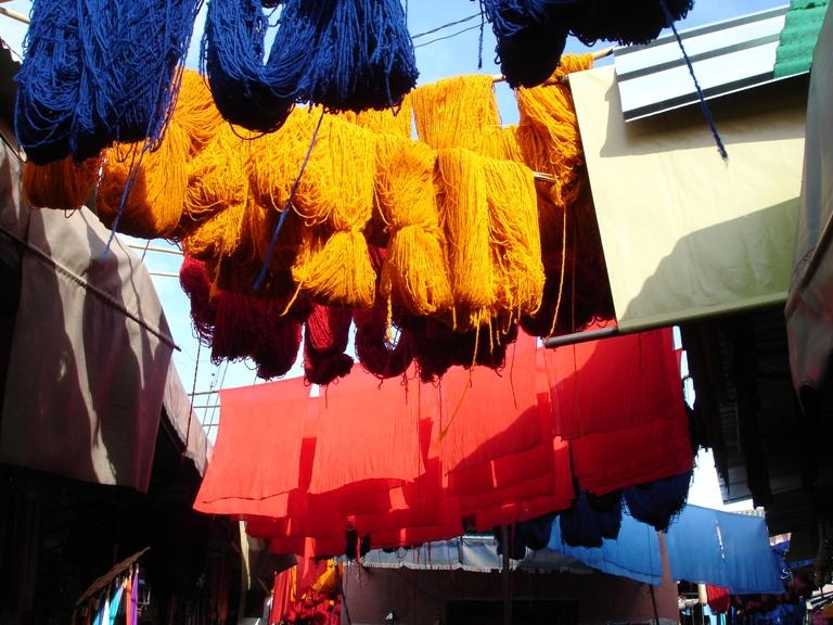 2008-02-11-MarrakeshDyersSouk.JPG