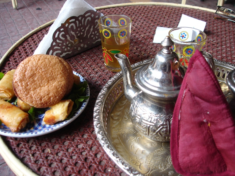 2008-02-11-MarrakeshSoccerFood.JPG