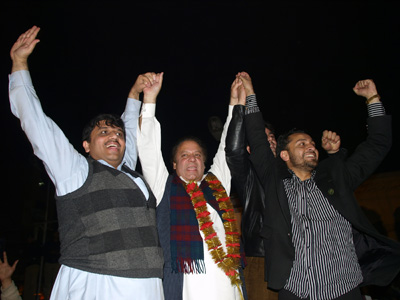 2008-02-17-Pakistan_Elections_N.jpg