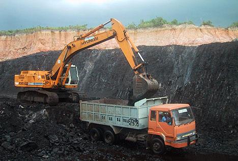 2008-06-12-Indonesian_coal_mine.jpg