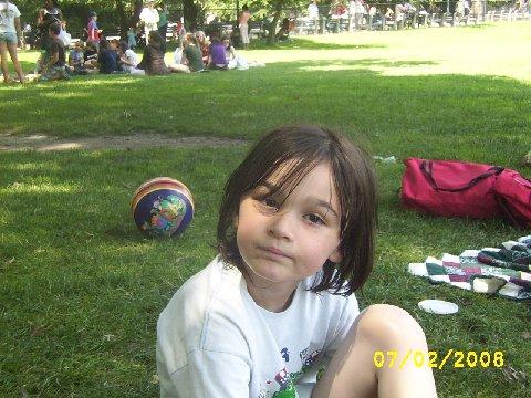 2008-07-18-Rebeccasitting