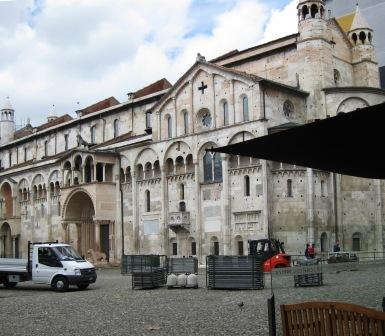 2008-07-24-PiazzaGrandeModenaJTM026.jpg