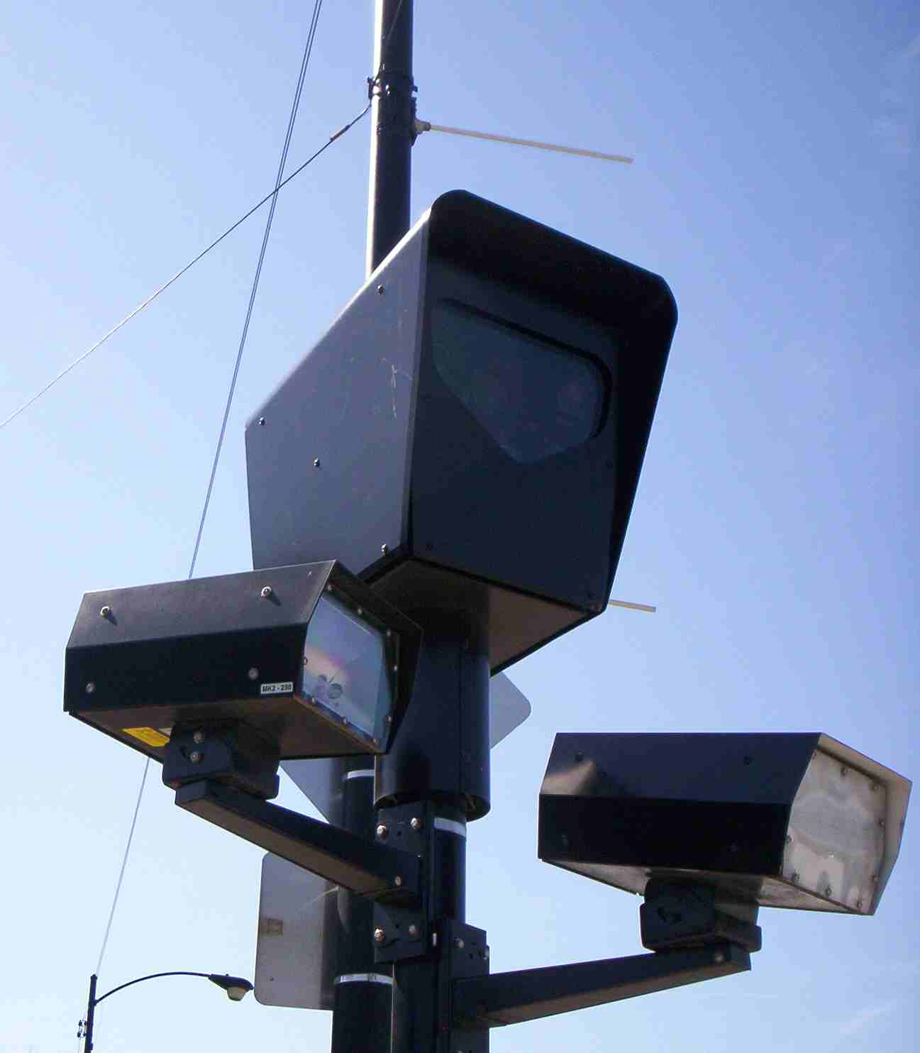 Chicago Now Up To 112 Red Light Cameras | HuffPost