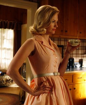 January Jones / Betty Draper - not allowed to work out?