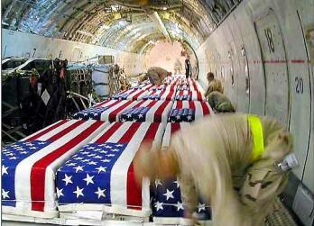 2008-08-18-military_coffins_tami_silicio.jpg