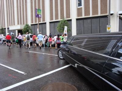 2008-08-19-bill_limo.jpg