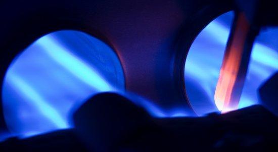 2008-08-22-naturalgasburnerblueflamecloseupphoto.jpg