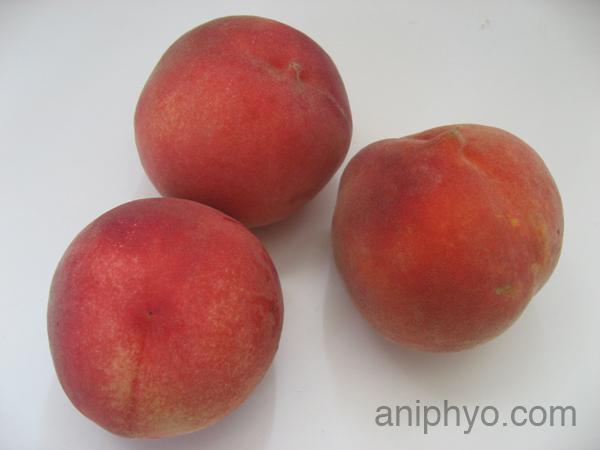 2008-08-26-peaches.jpg