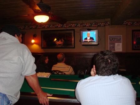 2008-09-05-lastturn_back_room.JPG