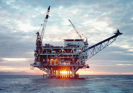 2008-09-18-oildrilling_callifornia.jpg
