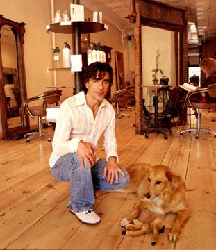 2008-09-27-johnmaya360.jpg