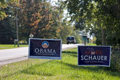 2008-10-05-SchauerObamaSigns.jpg