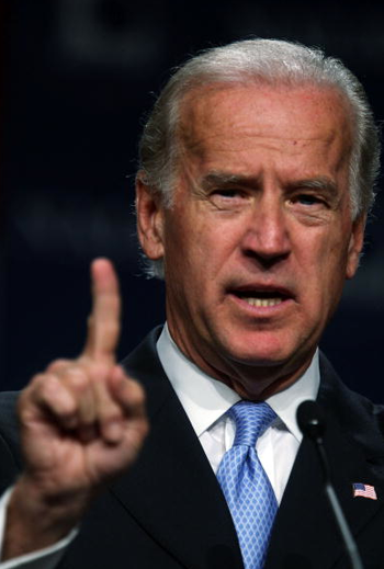 2008-10-06-bidenfinger.png