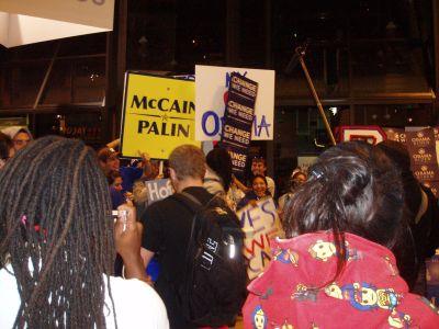 2008-10-16-crowd.jpg