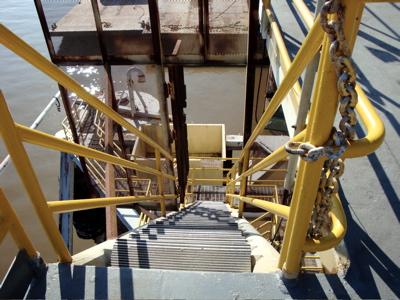 2008-10-22-cahriestairs.jpg