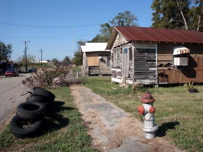 2008-10-22-neighborhood.jpg