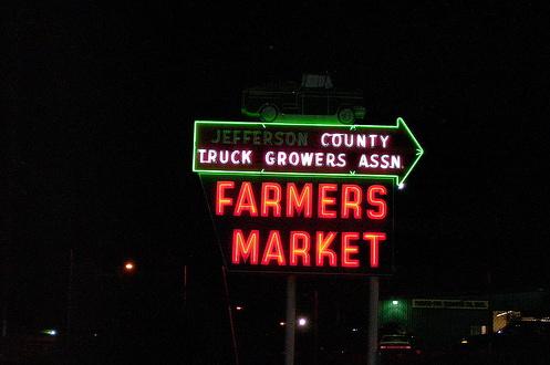 2008-11-04-NeonFarmersMarket.jpg