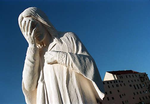 2008-11-28-weepingjesus.jpg