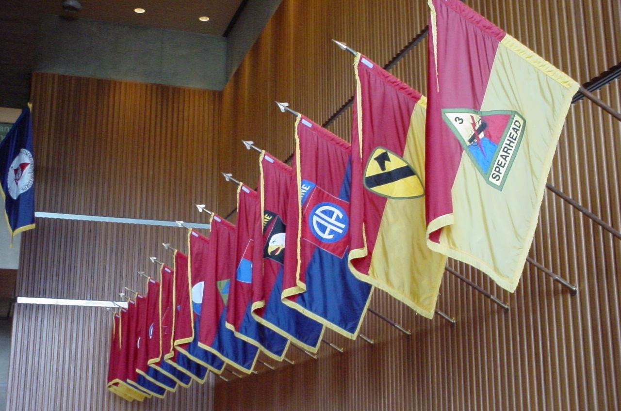 2008-12-29-4WRSpearheadflag.jpg