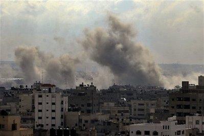 2008-12-30-capt.64538bcebe6f49e99512f660133a4254.mideast_israel_palestinians_jrl132.jpg