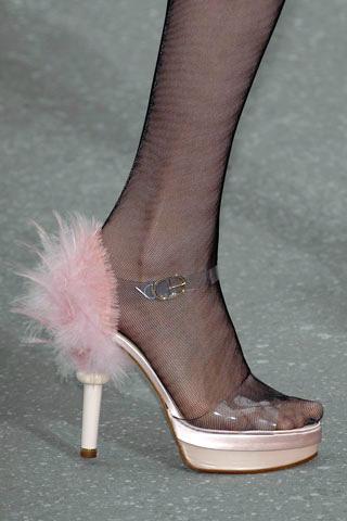 2009-01-02-ChanelFeatherShoes.jpg