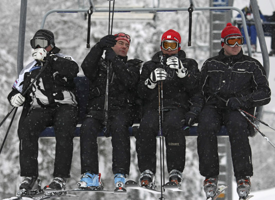 http://images.huffingtonpost.com/2009-01-12-ski3.jpg