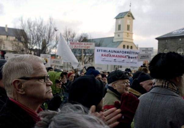 2009-01-22-OLDprotestersKjartanEinarsson.jpg