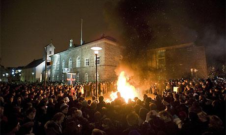 2009-01-22-PROTESTERSALTHING.halldorkolbeinsson.jpg