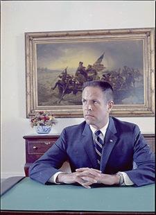 2009-01-27-H_R_Haldeman_1971_portrait.jpg