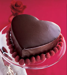 2009-02-10-dire_chocolate_heart_layer_cake_with_chocolate_cinnamon_mousse_v.jpg