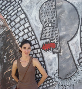 2009-02-24-yoani_graffiti.jpg