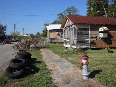 2009-03-10-human_housing_delta.jpg