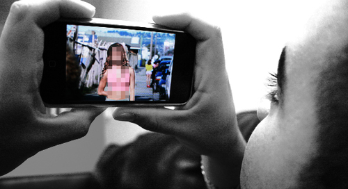 2009-03-11-sexting.jpg