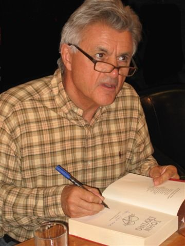 2009-04-03-John_Irving_by_Kubik_01.JPG