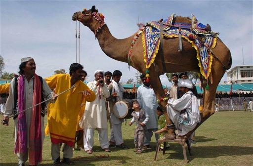 2009-04-07-aptopixpakistanfestival540797379.jpg