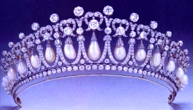 2009-04-22-Cambridge_Lovers_Knot_Tiara.JPG