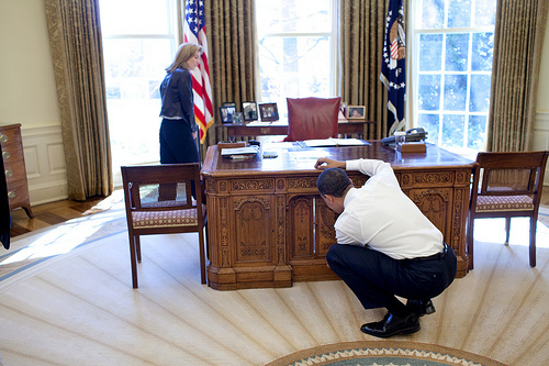 2009-04-29-obamajfk.jpg