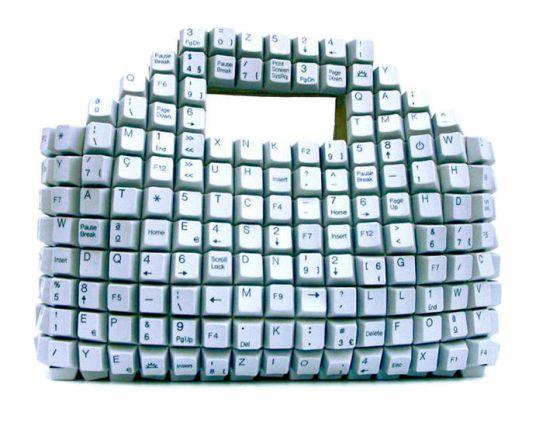 2009-05-17-keyboardpurse_7071.jpg