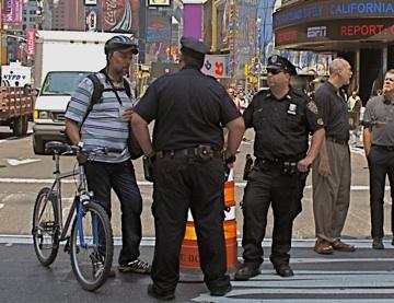 2009-05-25-bikecopsmall.jpg