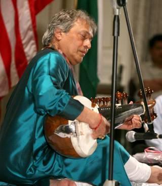 2009-06-07-Khan9.jpg