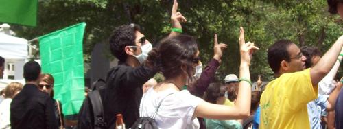 2009-07-22-iranhands.jpg