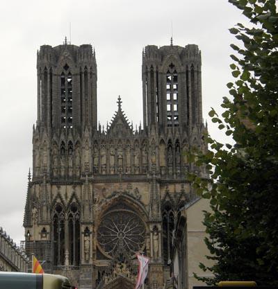2009-08-10-NotreDamecathedralofReimsAbuFadil.jpg