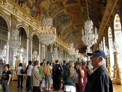 2009-08-10-VersaillesshallofmirrorsAbuFadil.jpg