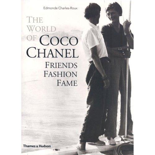 2009-08-20-RZ_5THINGS_ChanelBook.jpg