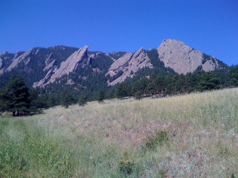 2009-09-16-images-Boulder.jpg