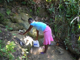 2009-09-22-images-Haiti_water.org_1.JPG