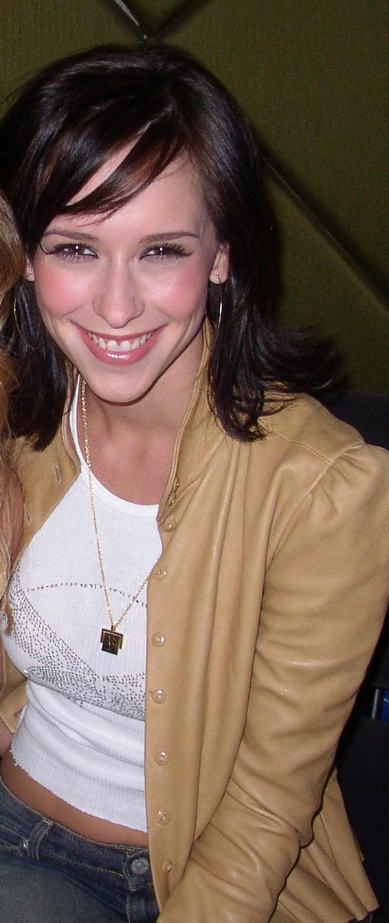 2009-09-29-JenniferLoveHewitt.jpg