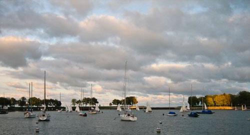 2009-10-14-boatskies.jpg